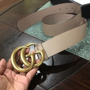 Gucci women's belt tan